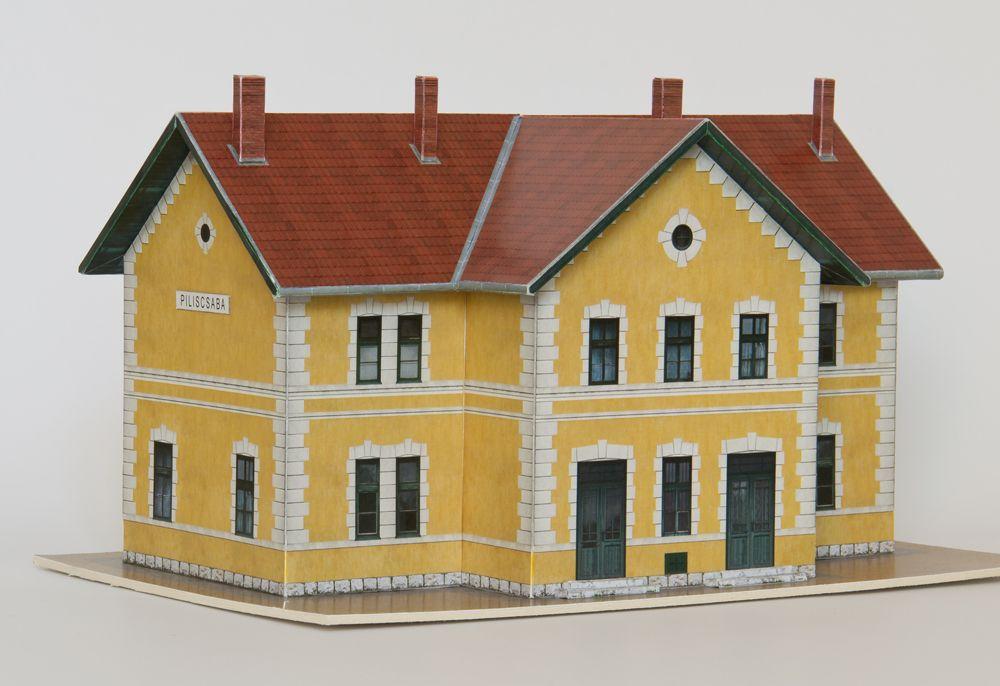 MÁV HÉV Piliscsaba elsőosztályú felvételi épület papírmakett (1:120)